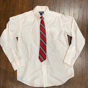 Chaps white button up dress shirt with tie